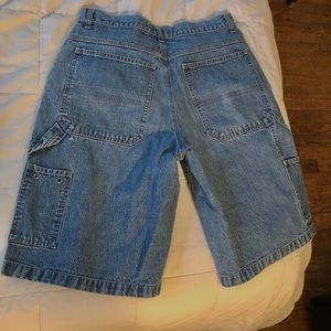 CARPENTER DENIM SHORTS
